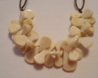 white  coral ruffle necklace