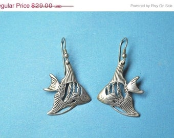 Vintage STERLING Silver Etched Angel Fish Pierced Earrings, Openwork, Fish Hook, Tropical & Terrific!  #a990