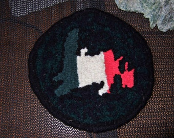 Republic of Newfoundland Teapot/Mug Rug Pink White Green Coaster Show your colours Handhooked Wool Fabric