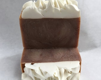 Rootbeer Float Shaped Cake