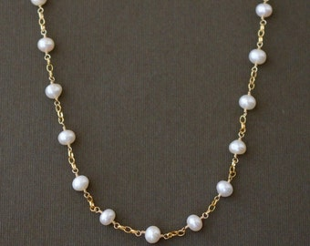 Pearl Station Necklace / Gold Pearl Necklace / Classic Pearl Jewelry / Pearl Jewelry / Freshwater Pearl Necklace / Gold Necklace
