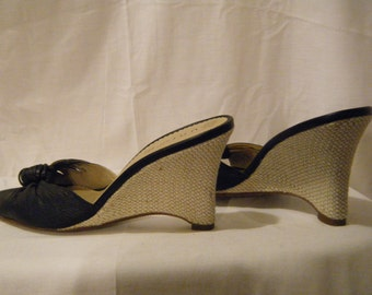 Vtg 1980s Navy Blue Leather Woven Wedge Platforms by Unisa 7.5