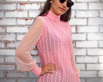 60s / 70s mesh knit pink blouse