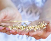 Flowers and Pearls Headband - Simple Golden Floral Headband, Bridal, Everyday, Flower Crown, Boho Headpiece, Wedding hair accessory