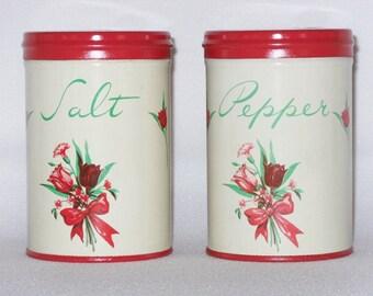 Vintage 1950's Range Top Metal Salt and Pepper Shaker Set With Tulips