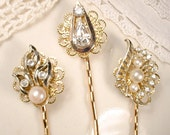 Gold Pearl & Rhinestone Wedding Hair Pins, Vintage Jeweled Bridal Bobby Pins, Gold Bridesmaid Hair Clips Set of 3, Pearl Hairpins Headpiece