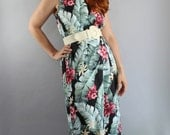 SALE - Vintage 90s Women's Tropical Hawaiian Vacation Summer Tiki Party Resort Maxi Dress