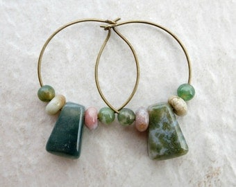 Green Agate Hoop Earrings, Bohemian wire hoops with asymmetrical sanctuary India agate drops, green and pink stone jewelry