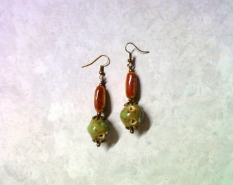 Red and Green Ceramic Beads (2245)