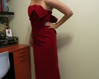 Evening Gown Red Velvet 1950s movie star dress by Lord & Taylor L