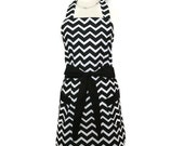 Classic Black and White Chevron Apron, apron with pockets, Cute Aprons for Women, sexy pin up apron, Bridal Shower Gift, womens apron