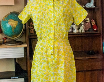 1960's Canary Yellow Goldenrod and Aquamarine Floral Day Dress M