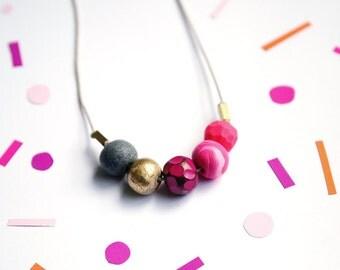 5 Bead Pink Mix