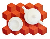 Red and orange felt placemats, geometric, cubes, stylish placemats, wool felt, handmade, made in Italy