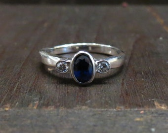 Vintage Engagement Ring, Sapphire and Diamond Trilogy Ring 14k, Sapphire Ring, Three Stone Ring, Bezel Set Ring, Vintage Ring