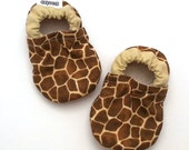 SALE - giraffe baby shoes giraffe booties baby giraffe clothing vegan baby shoes soft sole shoes with giraffe print brown baby safari