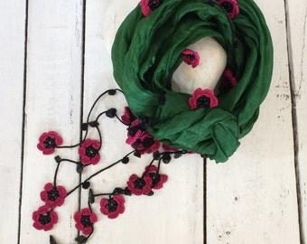Green Silk Necklace, Beaded Necklace, Silk Wrap Scarf, Crochet Oya Wrap, Flowers Foulard, Beaded Jewelry Scarf, Crochet Jewelry, ReddApple