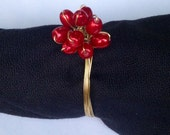 Red Pearl Wire Wrapped Wedding Napkin Rings, Gold Wire and Red Pearl Napkin Ring Metallic Napkin Ring, Christmas Napkin Holder Holiday Party