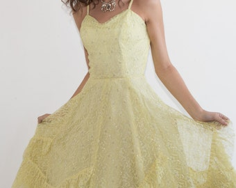 S.U.P.E.R SALE was 600 now 100 divine VINTAGE 50's lemon yellow lace ruffle prom party dress w crinoline full skirt