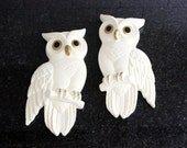 Two Hoots... Pair of Vintage Chalkware Owl Wall Hangings / Plaques - Ivory White and Gold, 1978 Miller Studio