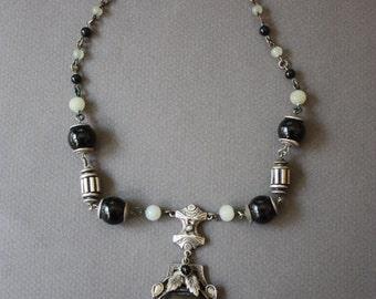 Art Nouveau Choker Style Lavaliere Necklace