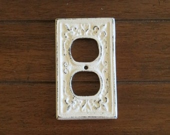 Antique White Decorative Electrical Outlet Plate/Plug-in Cover/Fleur de lis/Cast Iron/Shabby Chic Style/Antique White or Pick Your Color