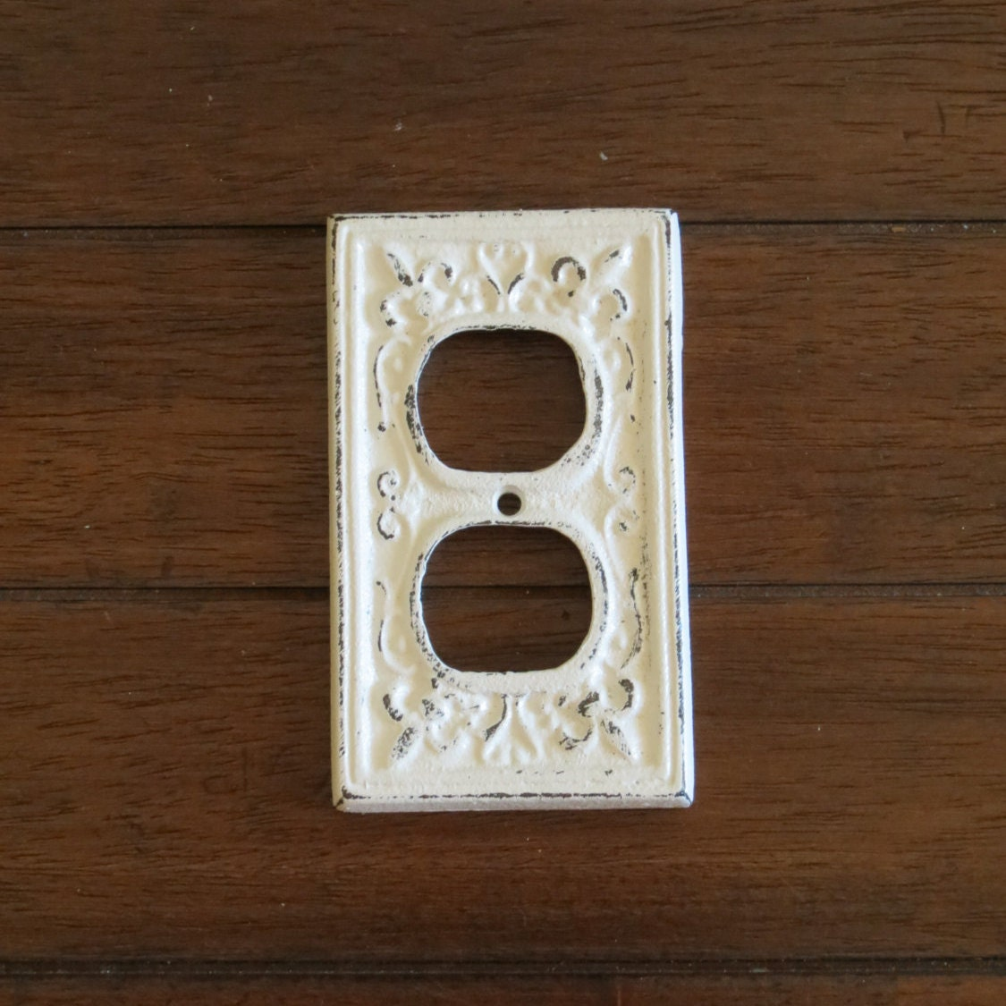 Antique white decorative electrical outlet plate plug in - Decorative wall plates electrical ...