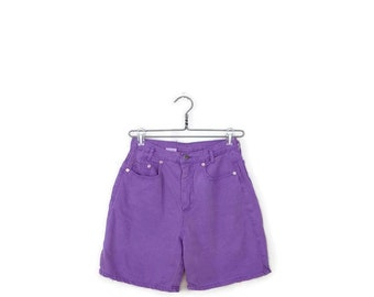 Free Shipping Vintage High waist Pale Purple  Denim Shorts from 1980's/W26*