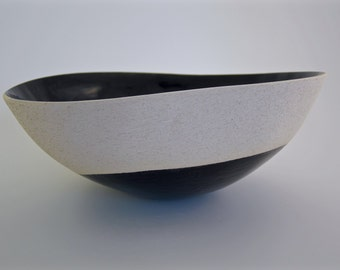 Ceramic handcrafted black and white pottery, minimalist design, modern, contemporary, artistic bowl