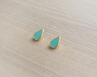 2 pcs of Turquoise Teardrop Geometric Enamel Gold Plated Zinc Alloy Pendants - 15 mm
