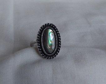 Sarah Coventry Sea Treasure Adjustable Ring 5733   Vintage, Abalone Shell