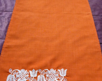 Vintage Orange Table Runner White Handmade Embroidery Table Cloth With  Fringe Hand Embroidered Flowers Fringed