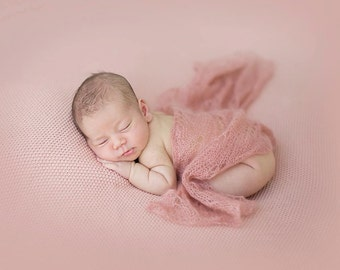 Newborn wrap / Newborn photo prop / Photography props newborn baby / baby photo prop / hand knitted wrap / newborn stretch wrap photo outfit