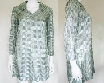 60's long sleeve mini dress
