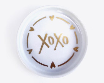 Hand Painted, XOXO Gold Jewelry Dish, jewelry tray, office accessory, home office, bridesmaid gift, gold jewelry tray, home decor, ring dish