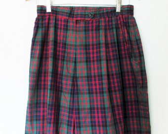 Vintage High Waisted Pleated Plaid Shorts