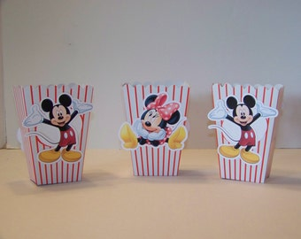 Minnie or Mickey popcorn treat boxes image is double sided