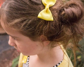 Yellow hair bow, classic bow,  simple bow, simple bow clip, girls hair bows
