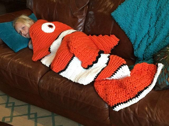 CROCHET PATTERN blanket clownfish