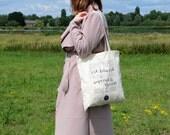 A Wonderful Bag. Een canvas tas met gezeefdrukte handgeschreven Alice in Wonderland quote.