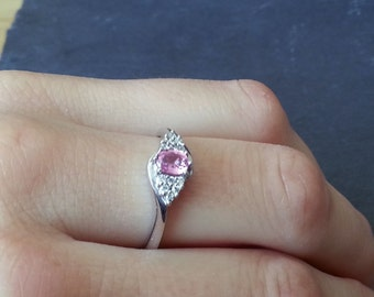 Vintage Pink Sapphire Engagement Ring, Sapphire and Diamond Stone Gold Ring, Gold Pink Sapphire Ring, Pink Engagement Ring