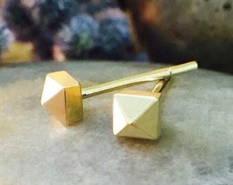 3.5x3.5MM Petite Stud Pyramid | Solid 14K Gold | Geometric Minimalist Earrings | Fine Jewelry | Free Shipping