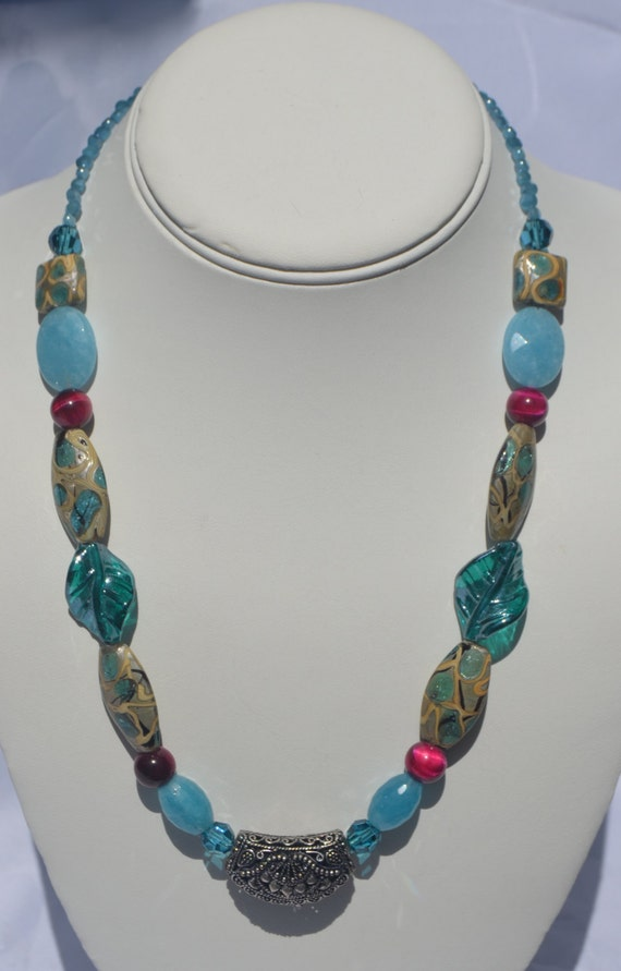 "19"" Teal and Sliver Necklace"