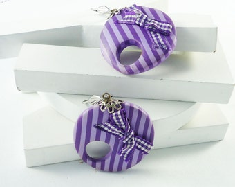 Stripes purple earrings-Polymer clay earrings- Handmade canes- Original desings - purple lines - Circle earrings - Unique earrings handmade