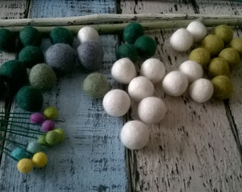 Felt Balls 2cm  x 50 - 100% Wool Billy Button Balls Needle Felt Party Wedding Decoration Table Setting Ivory White