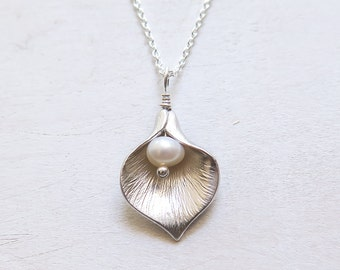 Calla Lily Necklace, Gift for Her, Anniversary Gift, Calla Lily Jewelry, Freshwater Pearl, Sterling Silver Chain