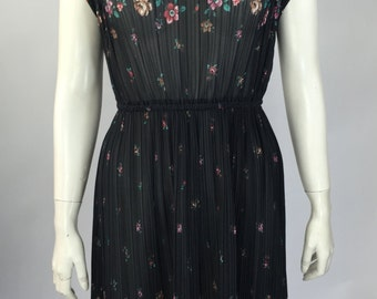 80's Floral Micro Pleat Dress Size Small