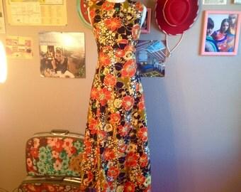 1960's Sleeveless Floral Empire Waist Maxi Dress/ Size Small