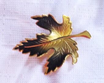 Vintage Autumn Leaf Brooch Pin (B-4-3)