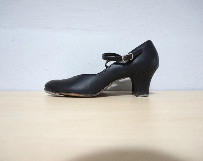 7.5 perfect black mary jane tap dance 80s 1980s vintage round toe dancing shoes danshuz 7 seven women preppy strap preppy kitsch cottage fun